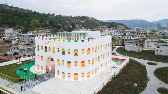 捐资3000万潘石屹在这所山村幼儿园讲了这些